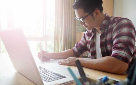 Keuntungan Mengelola Karyawan dengan Software Payroll dan Software Absensi Karyawan