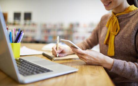 6 Tips Menentukan Jasa Penerjemah Tersumpah Terbaik